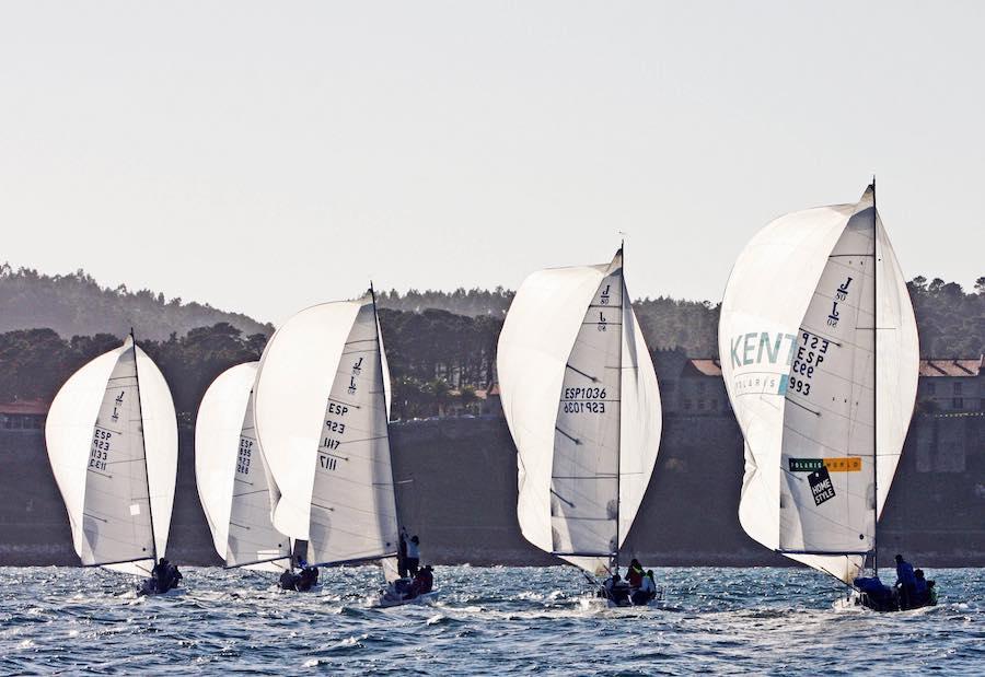 Eventos en barco en Barcelona para grupos 3