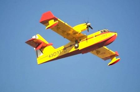 Hidroaviones Canadair CL-415 43 33