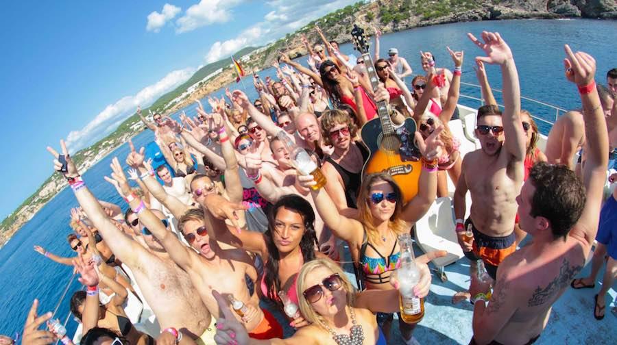 Fiestas en barco 1 copia