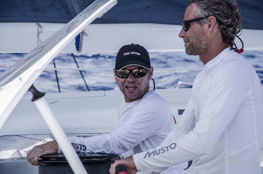 Alex Pella a bordo del Idec Sport