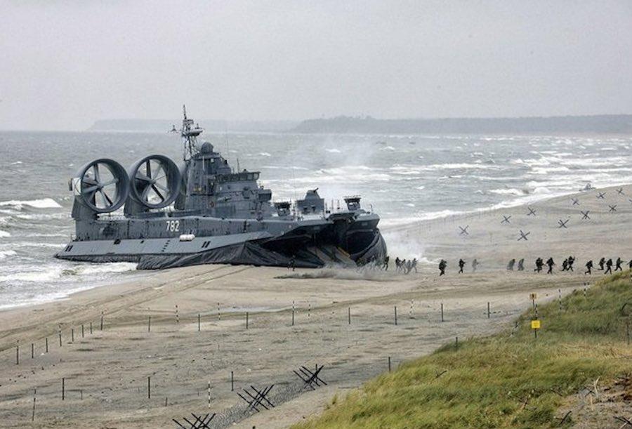 hovercraft de guerra