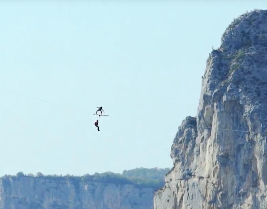 Surf Canopi Flying Frenchies