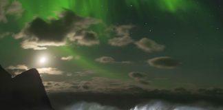 Mick Fanning Aurora Boreal 6