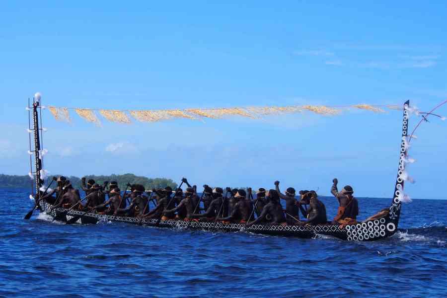 Paco Acedo - Melanesia